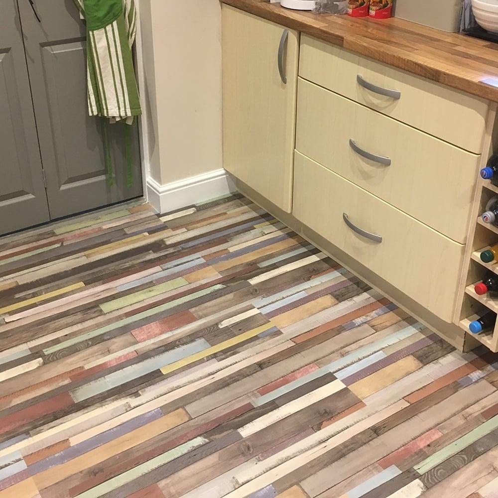 wood laminate flooring. Manhattan Multi Art Oak Laminate Flooring 7mm AC3 2.4806m2 Wood
