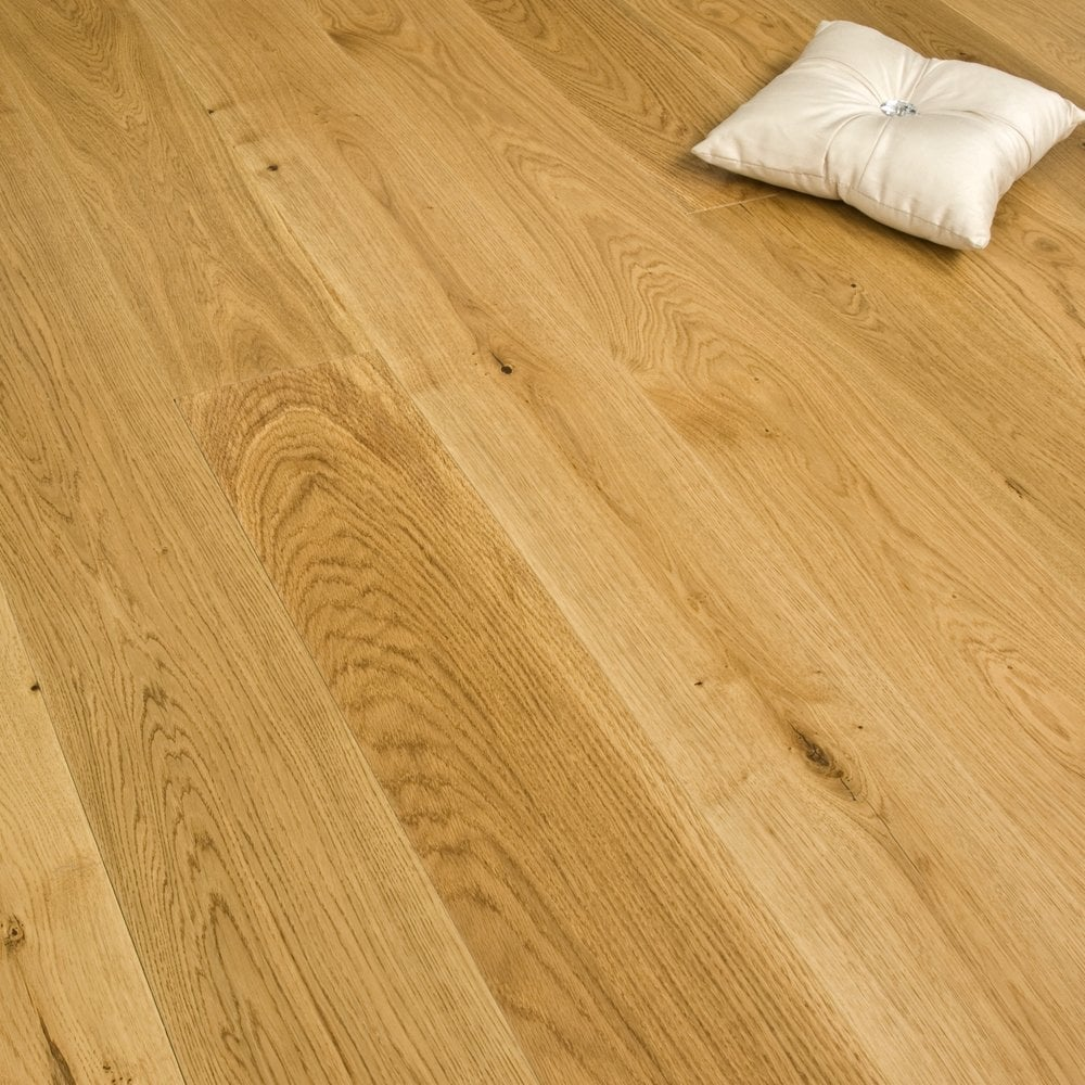 Medallion series solid oak flooring 22mm x 175mm lacquered for Cheap solid wood flooring
