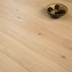 Natures Valley - 8mm Laminate Flooring - Light Moccasin Oak