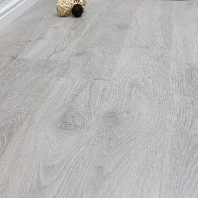Pelmore - 8 mm laminate flooring - Eagle Grey