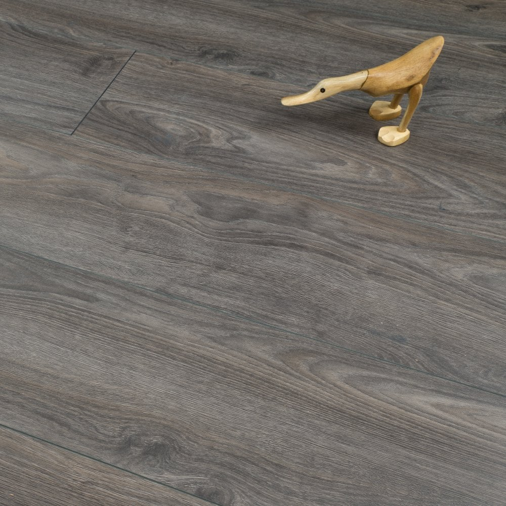 plus style 12mm laminate flooring dark grey oak 2 114m2