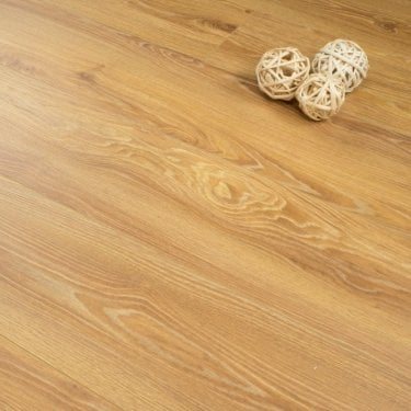 Plus Style - 12mm Laminate Flooring - Medium Natural Oak