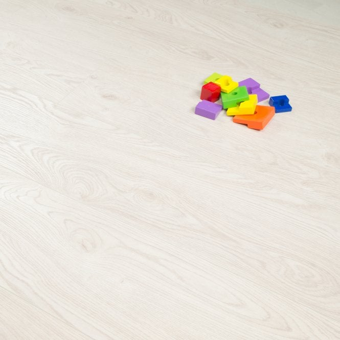 Plus Style - 12mm Laminate Flooring - White Natural Oak
