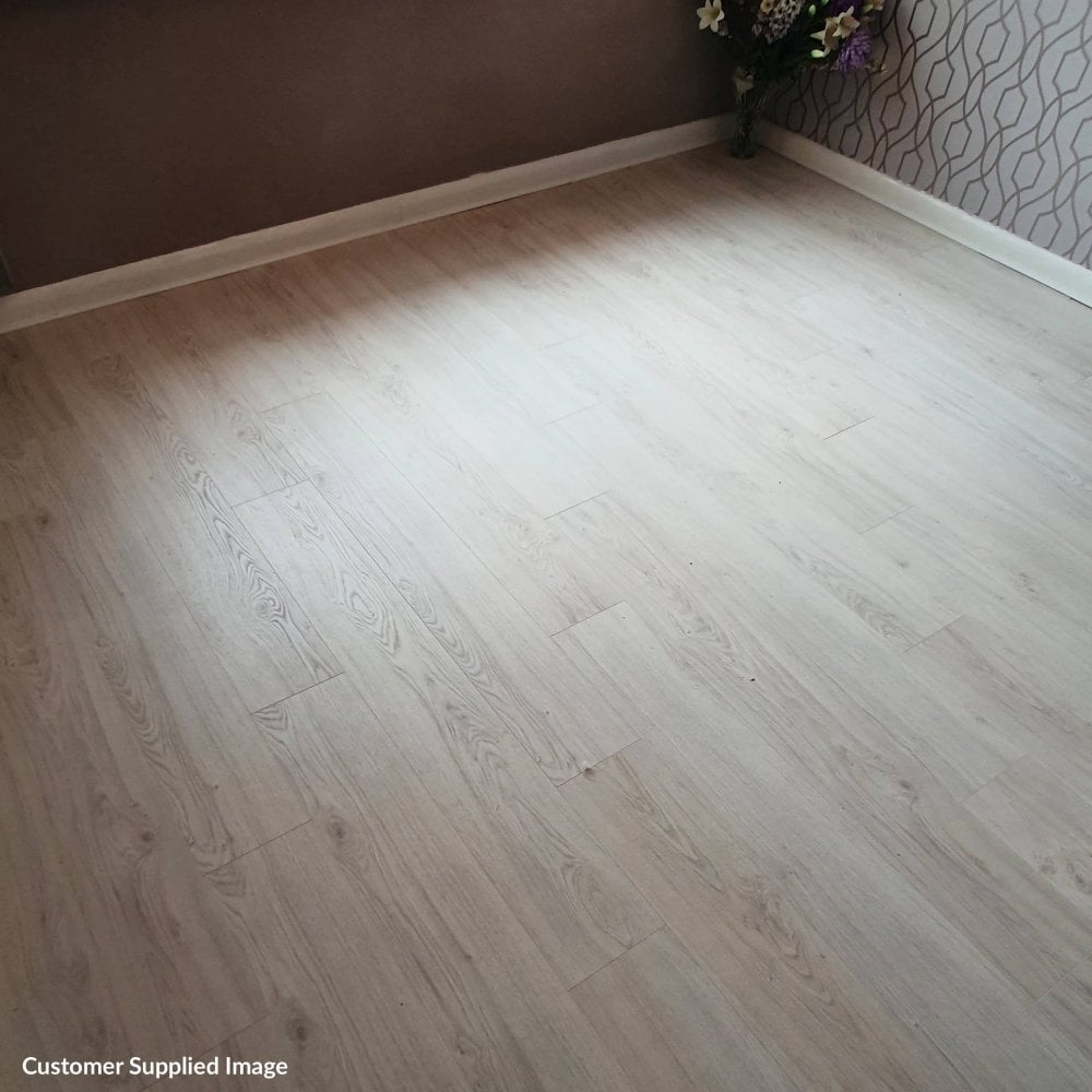 Premier Elite 8mm Laminate Flooring Eden Oak 1 99m2 Discount Flooring Depot