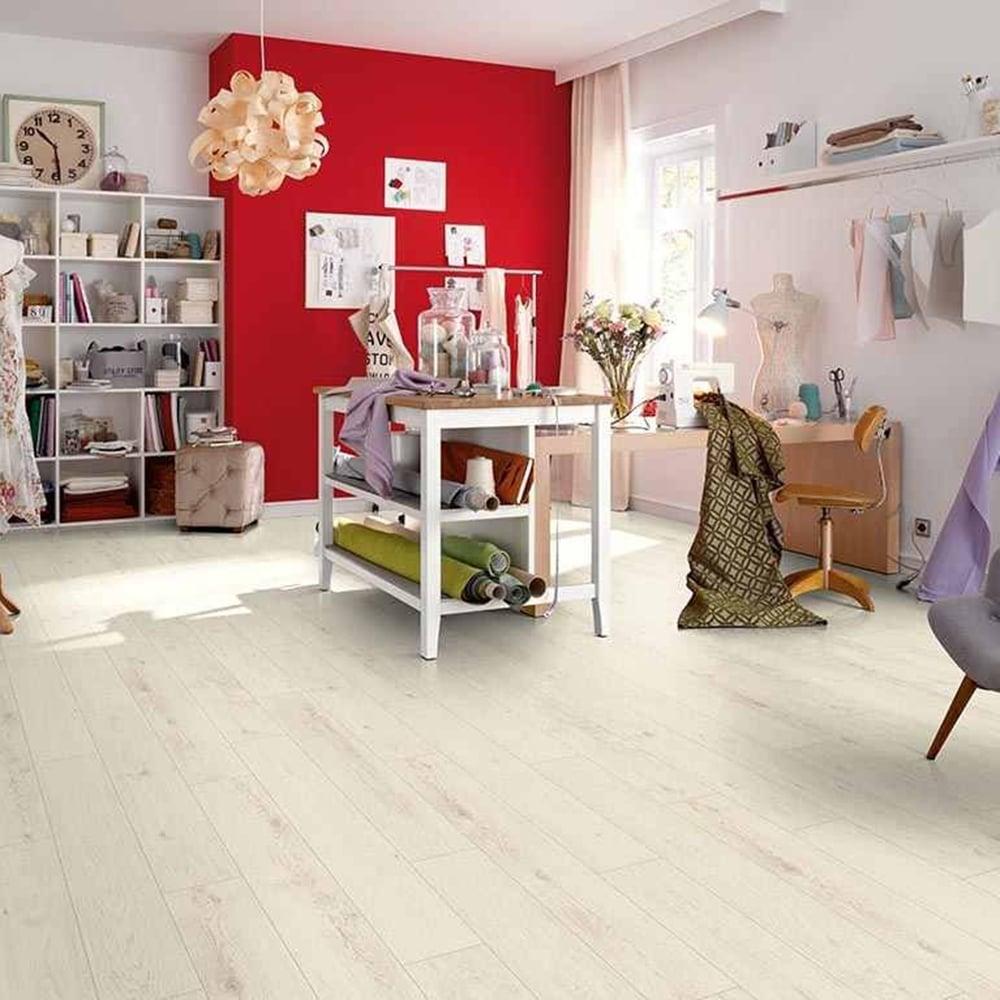 Premier Elite 8mm Laminate Flooring Luxury White Oak 1 99m2