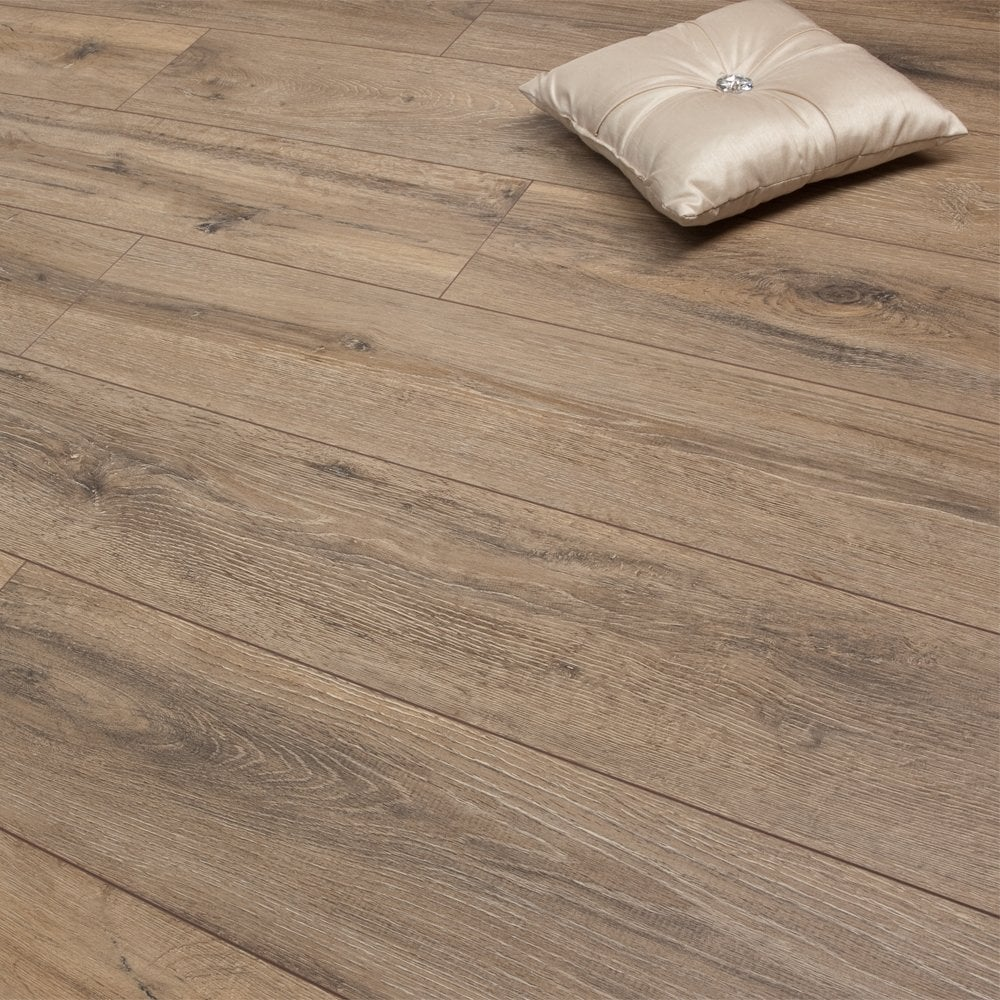 Premier Elite 8mm Laminate Flooring Modern French Oak 1 99m2