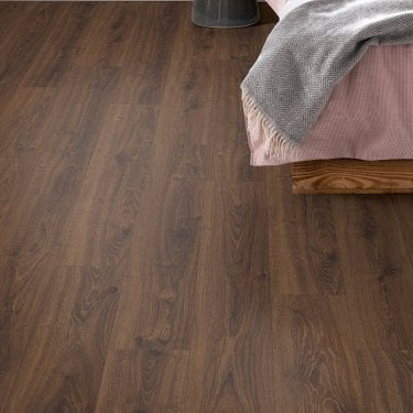 Premier Elite - 8mm Laminate Flooring - Umber Oak