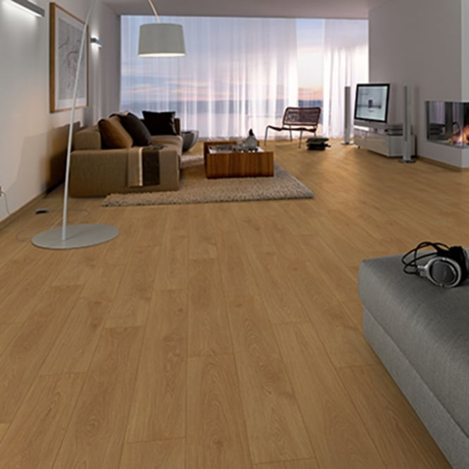 Premier Elite Medlock Oak 8mm Laminate Flooring V-Groove AC4 1.99m2