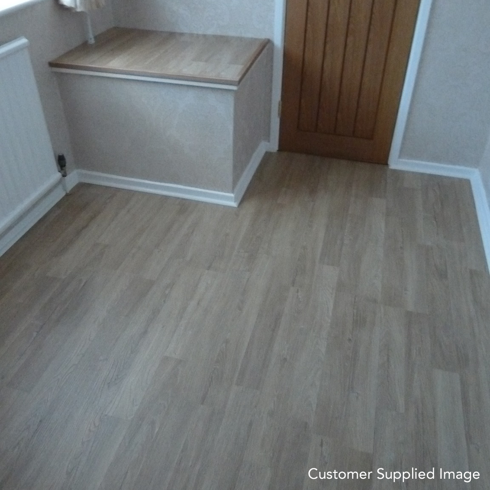 Premier Elite Natural 2 Strip Oak 8mm Laminate Flooring Flat AC4 1.99m2