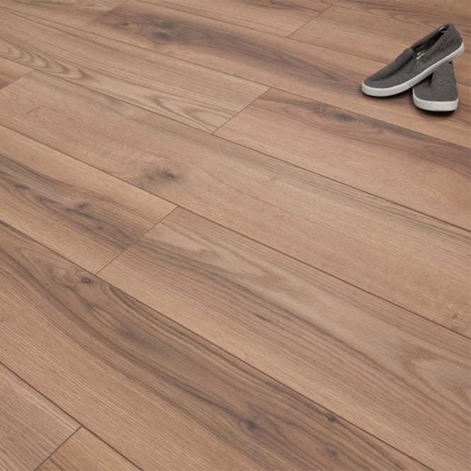 Premier Elite Rustic Oak Laminate Flooring 8mm V-Groove AC4 1.99m2