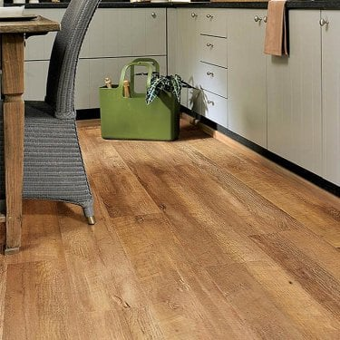 Premier Select - 8mm Laminate Flooring - Golden Oak