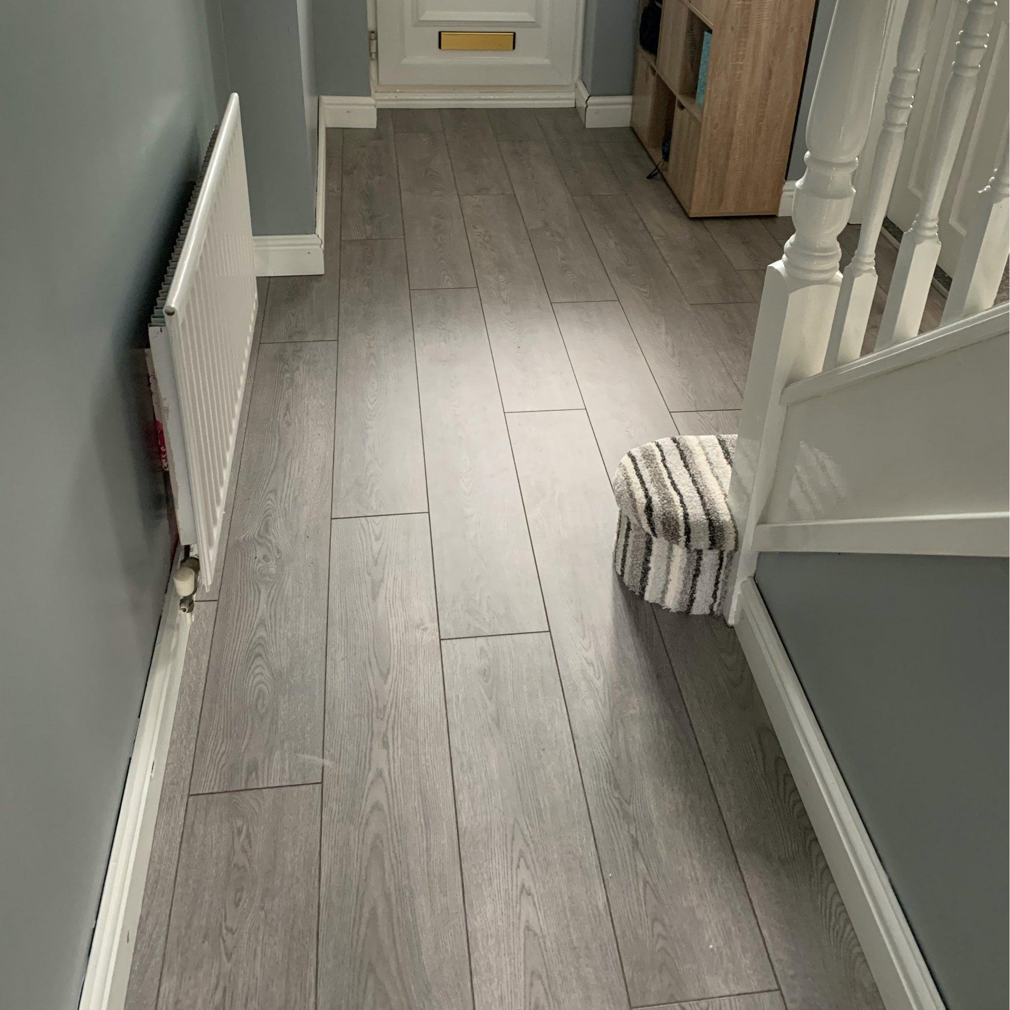 Modern Grey Laminate Floor, Light Grey Oak Effect Laminate Flooring