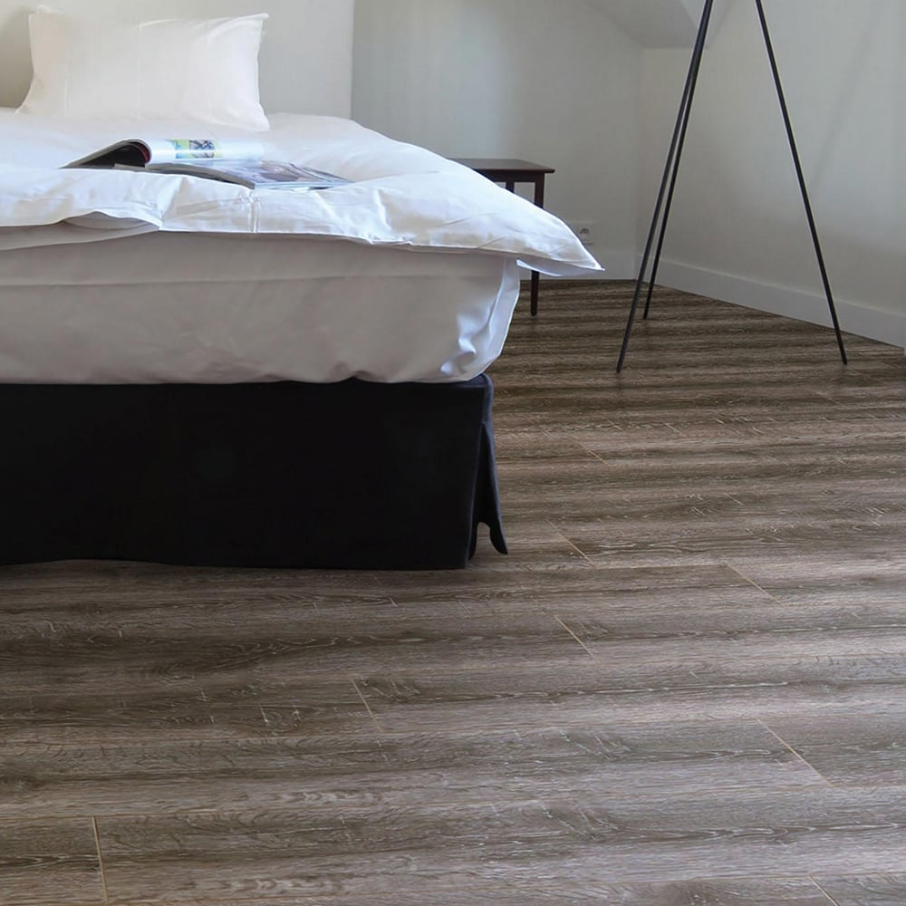 Premier Select 8mm Laminate Flooring Smoked Oak 2