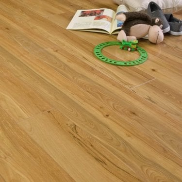 Premier Select Gloss Kenya Maple 10mm V-Groove AC3 1.822m2