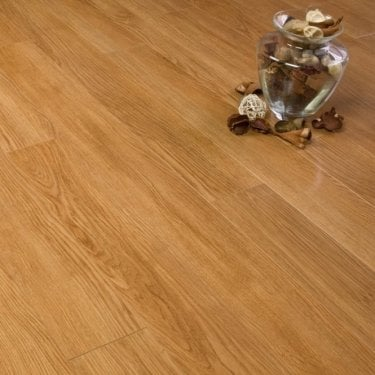 Premier Select Gloss Oak 10mm V-Groove AC3 1.822m2