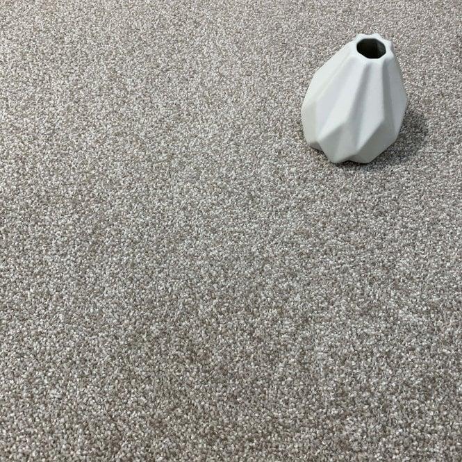Royale 165 - Light Brown Carpet - Medium Pile Height