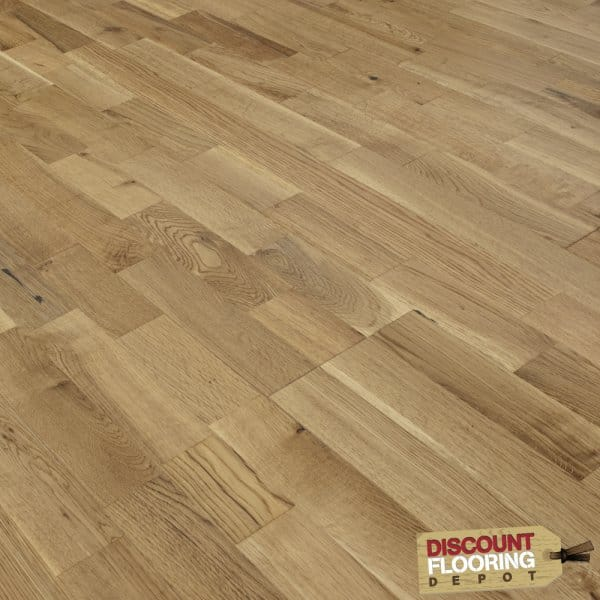 Finger joint solid wood flooring oak lacquered for Solid oak wood flooring sale