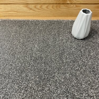 Super Saxony 850 - Dark Grey Carpet - Long Pile Height / Heavy Density