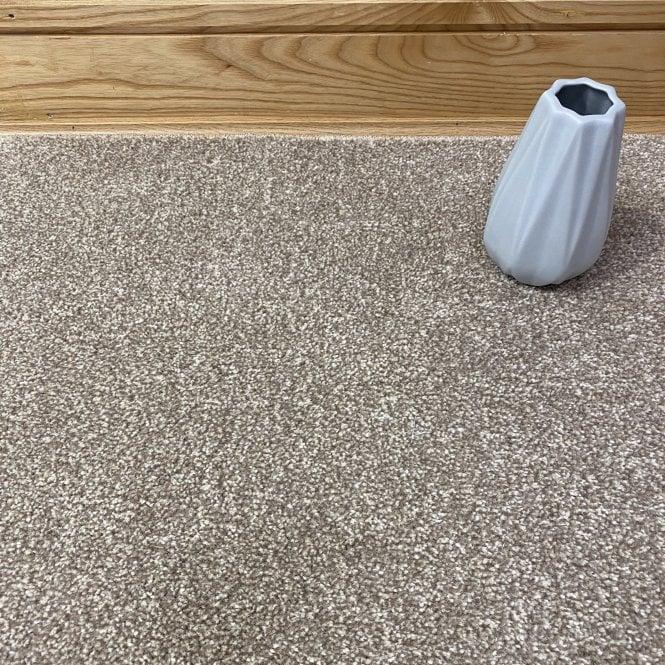 Superb 66 - Beige Carpet - Medium Pile Height / Medium Density