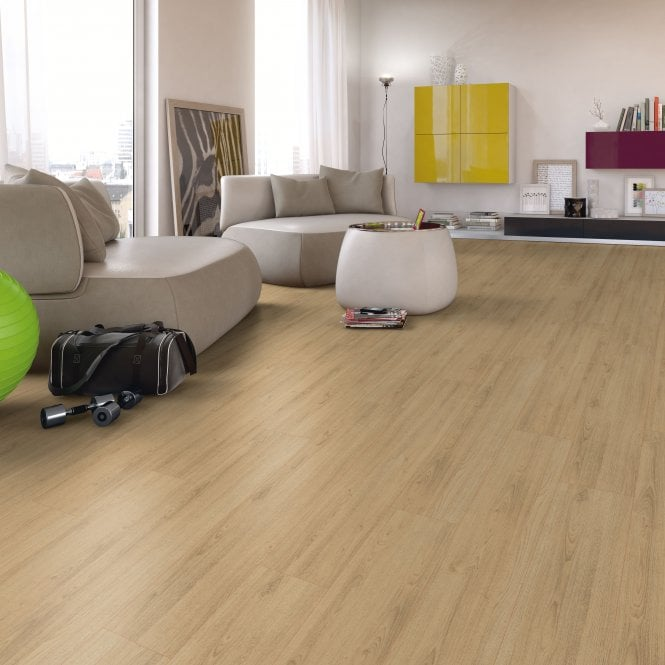 Superior - 7mm Laminate Flooring - Scarlet Oak