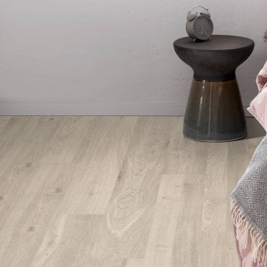 Sydney - 7mm Laminate Flooring - Mirage Oak