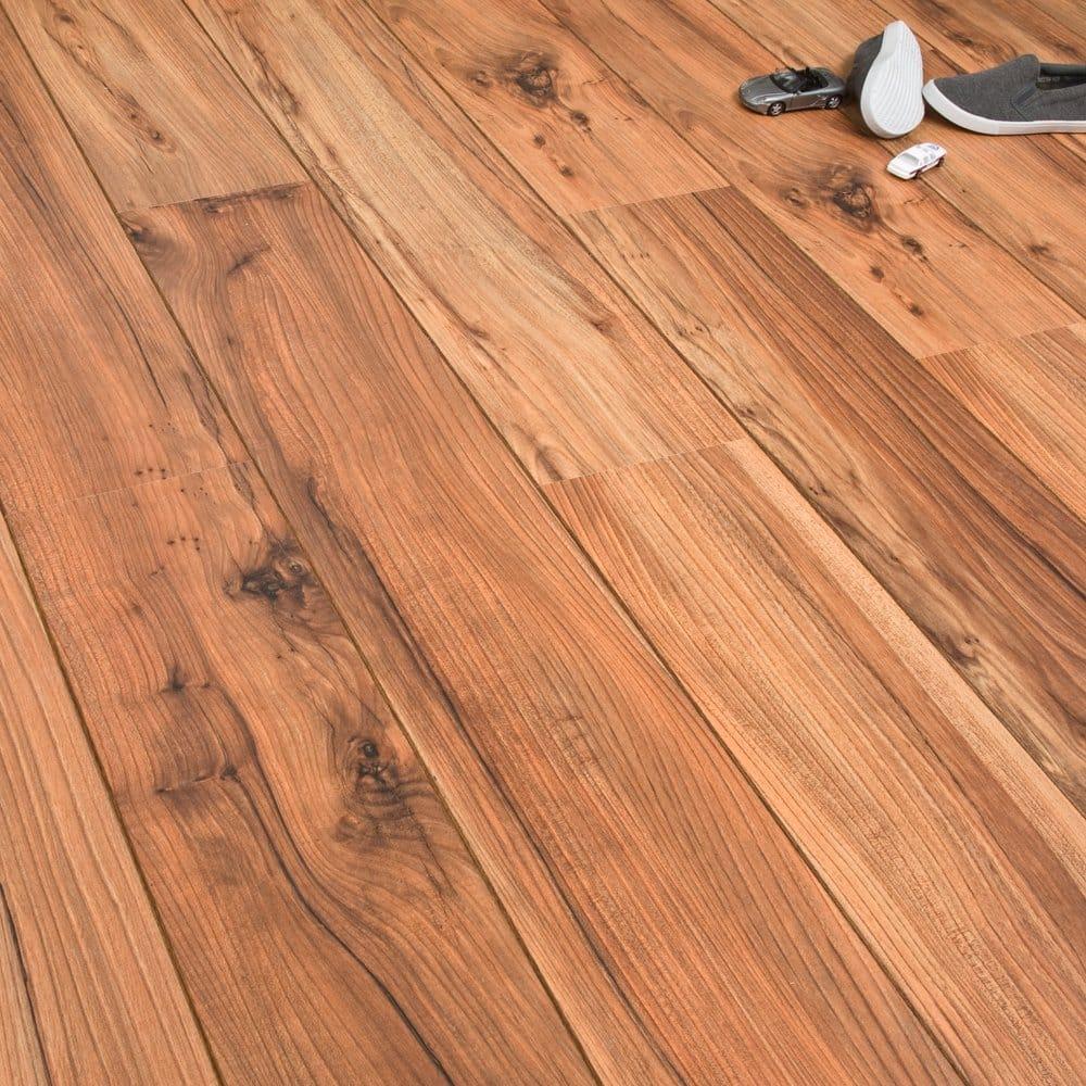 Urban waterfield pine 8mm laminate flooring v groove ac4 2 for 8mm wood floor underlay