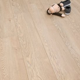 Winchester Milled Oak 8mm Laminate Flooring V-Groove AC4 2.162m2