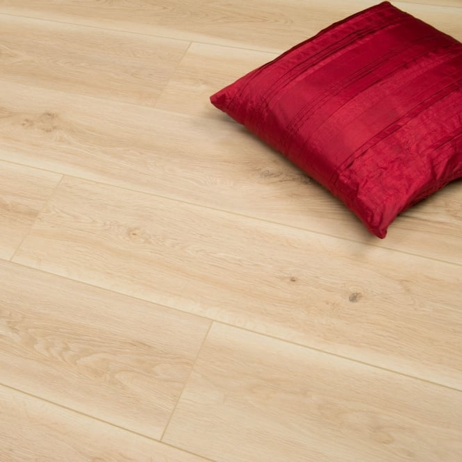 Windermere - 8mm Laminate Flooring - Light Oak