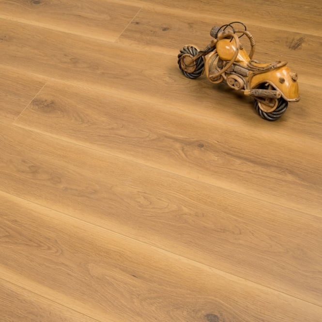 Windermere - 8mm Laminate Flooring - Traditional Oak - 1.91m2 **Less than 100 boxes left**